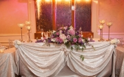 Beautiful-Headtable